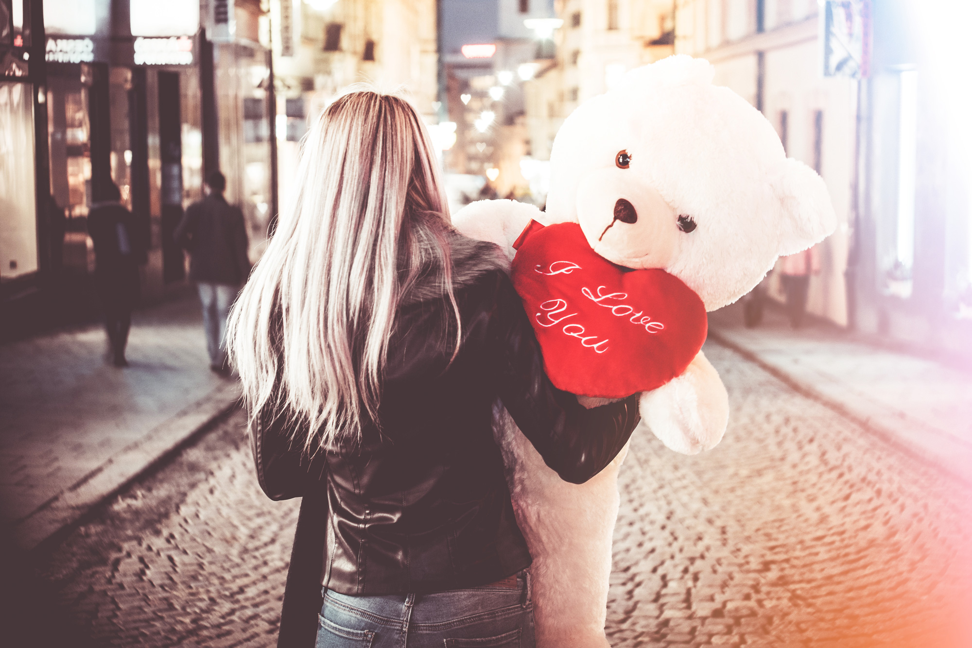 Valentine's day is coming. Be prepared! — picjumbo BLOG