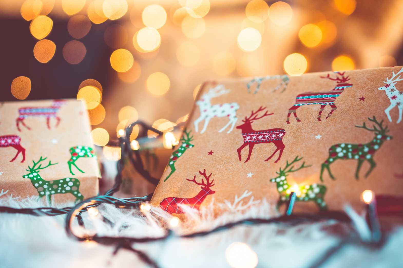 christmas presents bokeh background free image