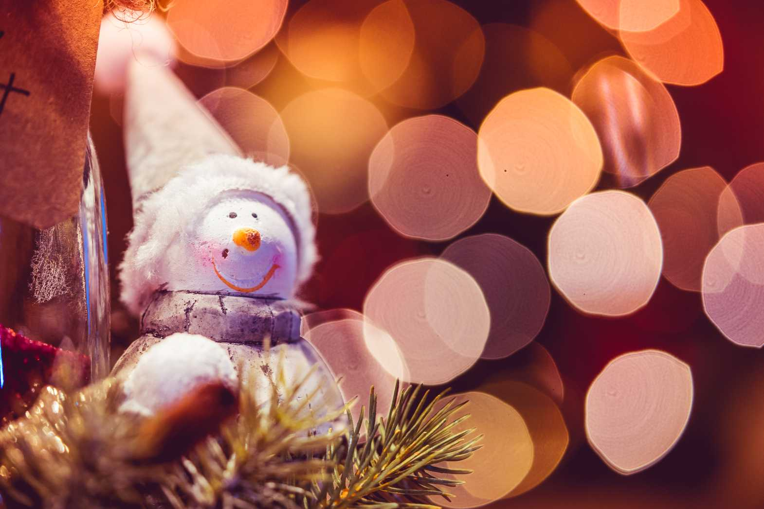 free christmas bokeh photo with room for text